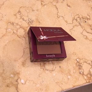 Never used Hoola by Benefit